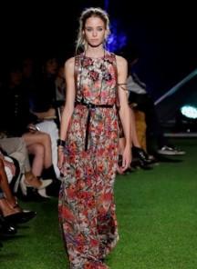 moda-primavera-estate-2015-fiori-Blugirl-401x550